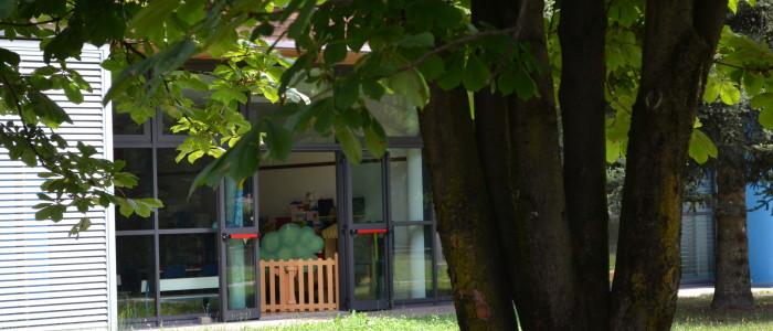 Veduta esterna della scuola